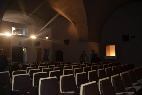 16895-4-slowcinema_interno_sala3