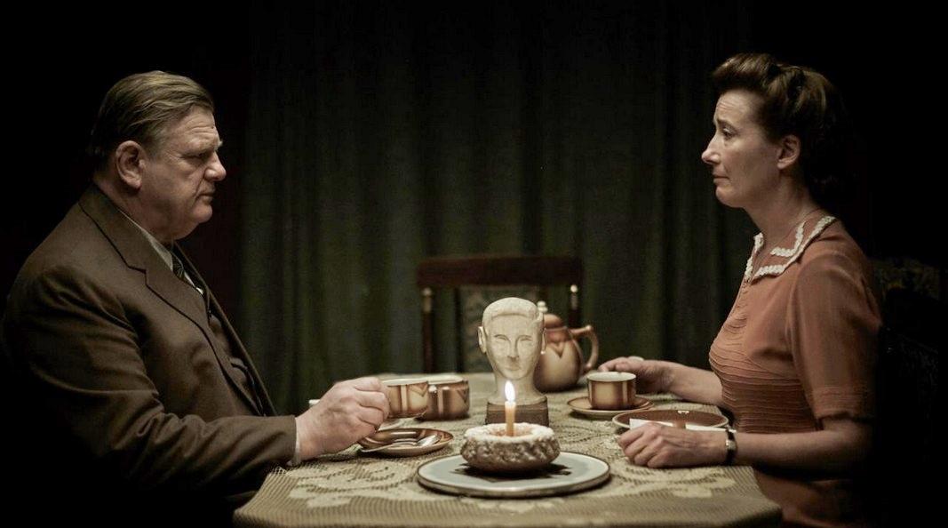 lettere-da-berlino-trailer-italiano-del-film-di-vincent-perez-con-emma-thompson-2